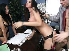 Johnny Sins has a good time fucking extremely sexy Audrey Bitonis mouth