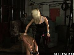 Blonde Adriana Russo with big knockers howls in lesbian sexual ecstasy with Lee Lexxus
