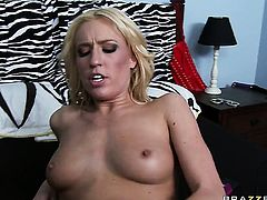 Johnny Sins attacks bodacious Victoria WhiteS muff with his love torpedo