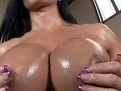 The coarse Anal sex the porno Model Jewels Jade is ShaRing inside that smut tube mov nearby the tough and strong fucker Makes her wet pussy glow in Red duRing the hardcore penetration, her Ass hole suffers also.