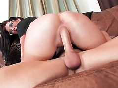 Jayden Jaymes with big hooters and clean muff loves to suck and cant say No to hot guy