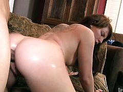 Casey Cumz loves the way horny dude bangs her love hole