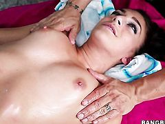 Mischa Brooks with round booty enjoys fresh hot sperm sperm all over her face