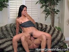 Covering her muff carpet in jizz after wrecking her cunt