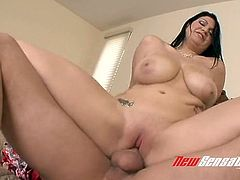 Orgasmic super busty brunette Cassandra Calogera gives nice ride to big cock
