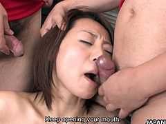 Kinky Asian cheerleader You Shiraishi serves a group of soccer players