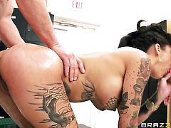 Toni Ribas is horny as hell and cant wait no more to drill Bonnie Rotten with huge boobs in her ass