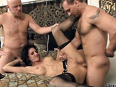 John Magnum buries his rock hard pole in adorable Roxanne Halls butt