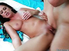 Nikki Daniels shows her love for cunt drilling in wild sexaction with Anthony Rosano