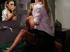 Nadia Styles and Ryan Ryans have hot lesbian sex in front of the mirror in the bathroom. Huge titted hot woman gets her wet pink snatch used with no mercy. Watch lesbians do wild things!