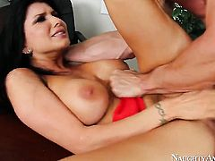 Romi Rain gives pussy to horny as fuck Johnny Sins