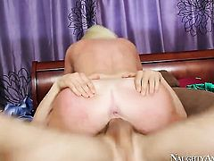 Alexis Ford with gigantic boobs and hairless beaver is the one that wants to ride Erik Everhards ram rod forever