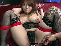 Super juggy oiled up babe Kanna Itou gets her pussy toyed