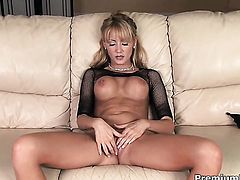 Hot blonde solo girl Jerilyn Paige
