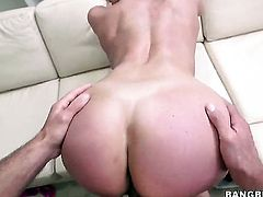 Kendra Lust is in Miami to screw!