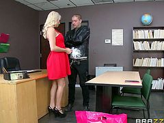 Maybe this hot blonde student doesn't know all the right answers, but in which regards the art of seduction, she has clearly done her lessons! See busty Kenzie, removing her sexy red dress and getting on knees to suck the teacher's cock. She's so lusty and her pierceful regard mirrors such a flaming desire...
