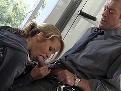 Sexy blonde MILF Jessica Drake is in the mood for hot oral sex after workout. She gives nice blow job to Randy Spears and then gets her neatly shaved milf pussy eaten out.