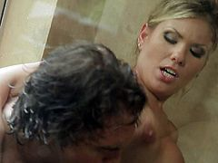 Aubrey Addams is a hot bodied who loves passionate sex. She takes a shower with one lucky man and then gets her tight fuck hole drilled. She rides it cowgirl and gets banged from behind standing up.
