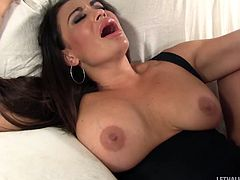 Breathtaking brunette moans in pleasure getting throbbed rough in a reality shoot