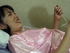 Takako has orgasms from vibrators onto her grumble
