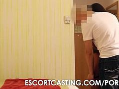 Teen Escort Secretly Recorded Servicing Client In Hotel Room