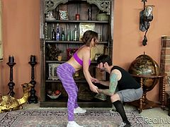 It's so hard to continue exercising, especially when such an attractive milf is right next to you! The horny brown-haired lady with fit body and fascinating big boobs gets really horny. Click to watch slutty Krissy Lynn, sucking cock on knees...