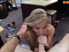 Tight amateur blondie bitch pawns her twat and pounded