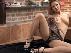 Blonde milf rips her pantyhose in passion