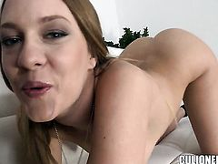 Blue Angel with juicy booty feels great with mans throbber deep in her cunt