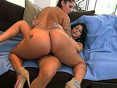 This Latina milf with a phat ass is in some mood for some teaching. Shes going to transfer her knowledge on lezzie fun to this young and inexperienced Latina. Shes gonna be so proud of her one day