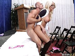 With huge jugs shows her cock sucking talents to Johnny Sins
