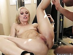 Johnny Castle explores the depth of smoking hot Ash Hollywoods wet muff with his boner