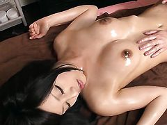 Asian lady is getting a sex massage