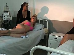 Blonde Safira White with big breasts gets her bush tongue fucked by Mandy Bright