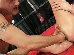 Brunette Betty Stylle howls in lesbian sexual ecstasy with Cathy Heaven