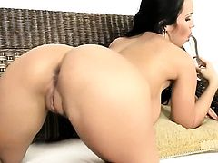 Laura Lion with massive tits cant stop playing with her love hole