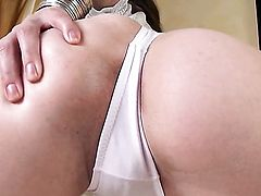 With massive hooters and trimmed beaver enjoying great solo session