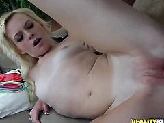 Blonde Bailey Bradshaw is a facial cum slut