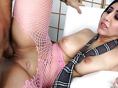 Valerie Kay makes Alan Staffords rock solid snake disappear in her mouth in sexual ecstasy