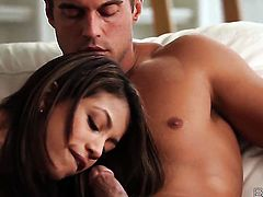 Veronica Rodriguez lets Rocco Reed insert his fuck stick in her mouth