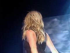Britney Spears - Breathe On Me (Live At CDUK)