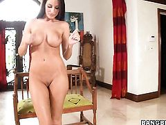 Kortney Kane is curious about giving tugjob