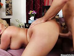 Julie Cash with phat butt and trimmed muff gets her wet spot attacked by Johnny Castles rock solid man meat