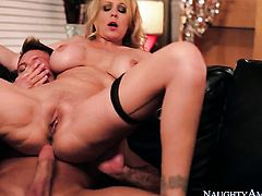 Bill Bailey is horny as hell and cant wait any longer to screw Julia Ann