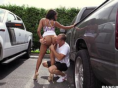 Jayla is a hot ebony, who would do anything for a quick fuck. She can't wait to go indoors with her man and strips right outside of the car, showing her bubble butt to him. He licks her sweet ass crack and fingers it too. Jayla then goes down on her knees and sucks his hard dick.