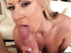Carolyn Reese does it with a man she wants to fuck