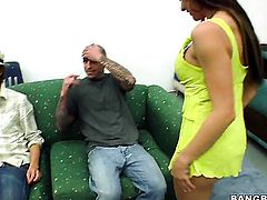 Rachel Roxxx and Heather Starlet partying with guys next door