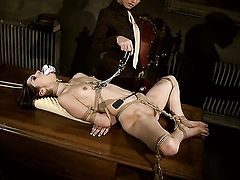 Blonde Jeanine Hot gets her honeypot licked outrageously by Kathia Nobili