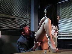 Asa Akira wants his fuck stick to fuck her bottom hard