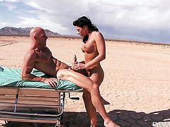 Johnny Sins makes Charming tart Rachel Starr with big tits gag on his meaty dick